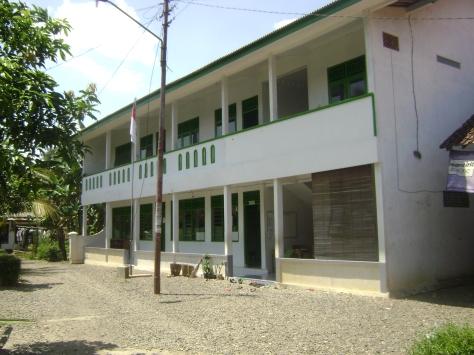 Tampak Depan Gedung MTs Darul Abror 2